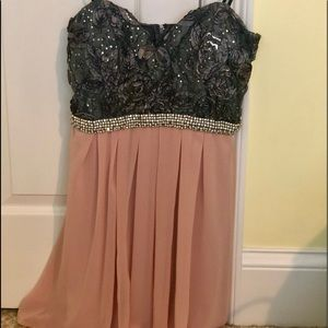 STRAPLESS Homecoming Dress NWT